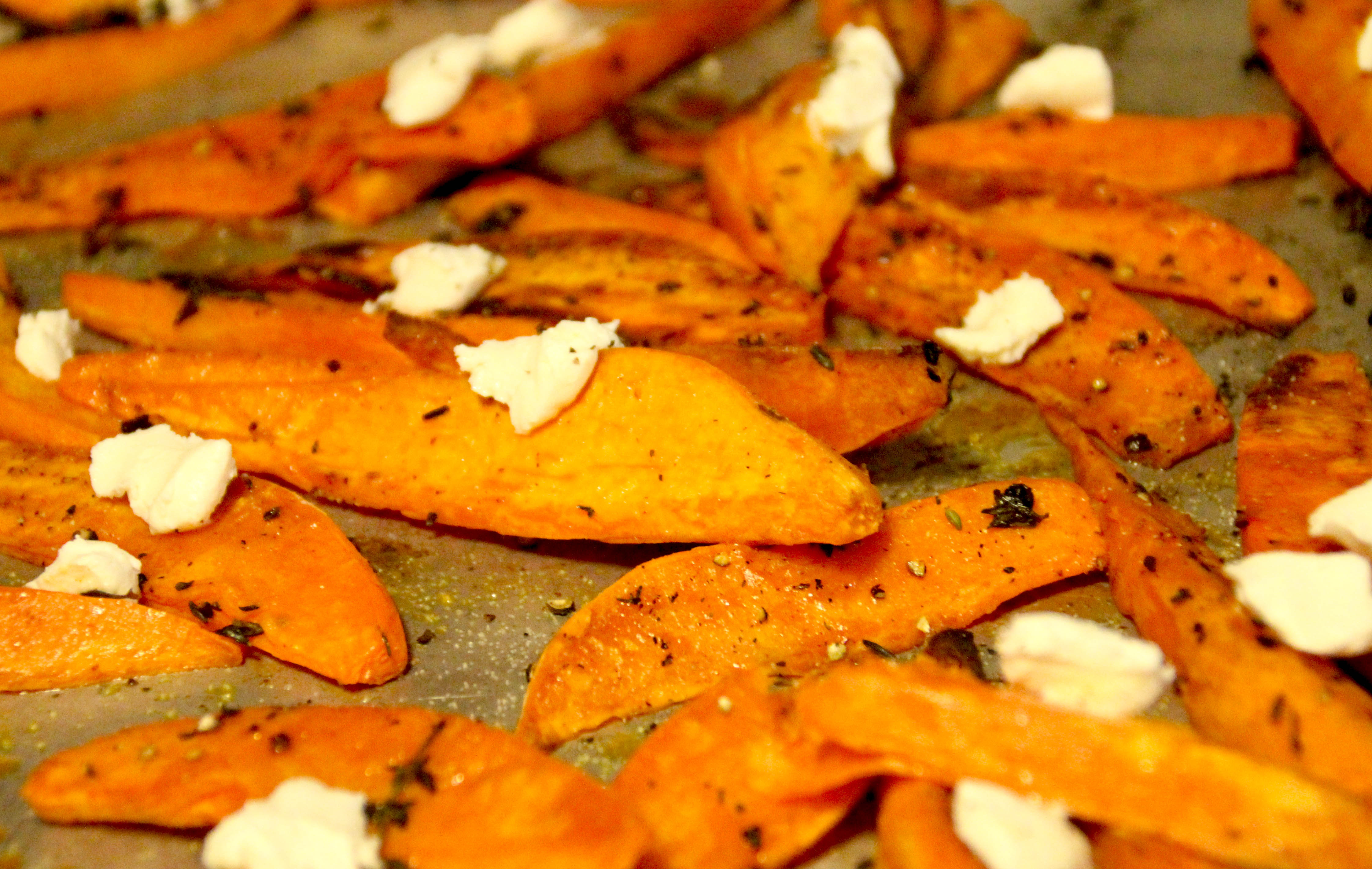 guiltless indulgence: sweet potato wedges with thyme & goat cheese
