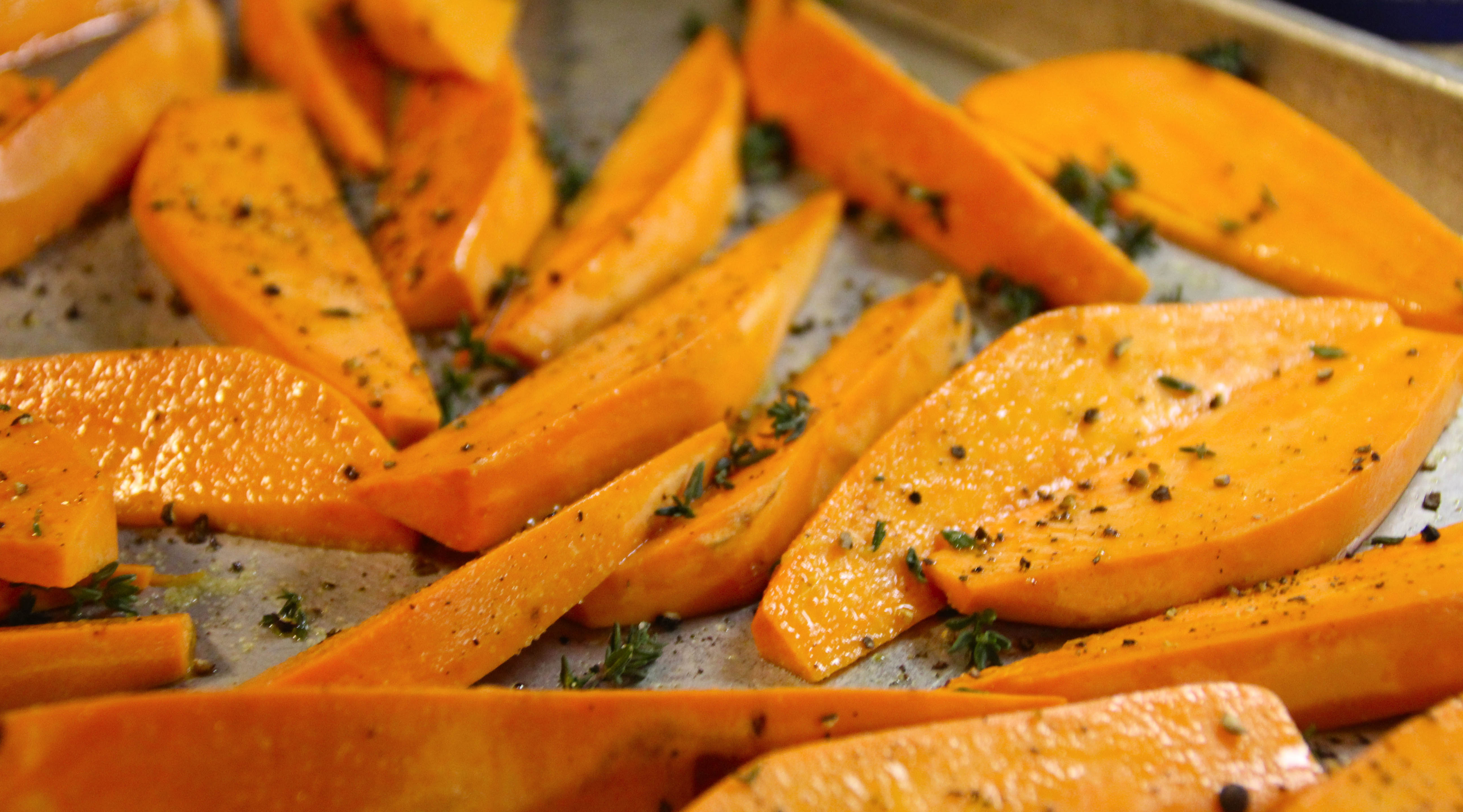 sweet potatoes thyme