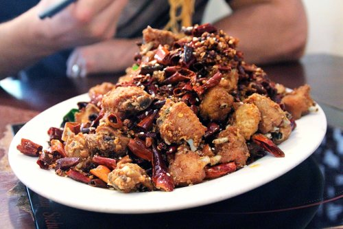 spicy szechuan chicken (with chilis!)